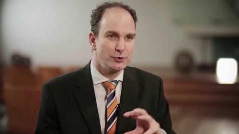monatlicher Videoblog für Lutz Langhoff
